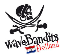 Kite Les in Friesland, Ijsselmeer met waveBandits Kitesurf School. Lessen, verhuur van Kite Equipment