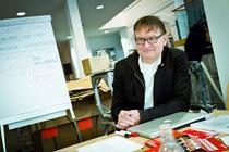 """Prof. Reiner Schmidt begleitet das Projekt """"Galerie+Club2020"""" als exemplarisches Beispiel für aktivierende Stadtentwicklung. Text und Foto: Sebastain Petersen"""