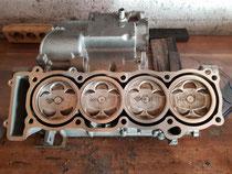 Neu ab 2021 Gehäuse für Vergaser R1 mit eingezogenen Buchsen als Reparatur Lösung für Motore mit Riss in den Zylinder Laufbahnen.