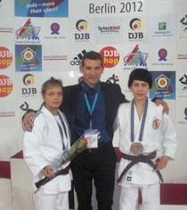 Rok Košir mit Patrycia und Wayan