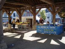 Le marché de Rohan et les vendeurs