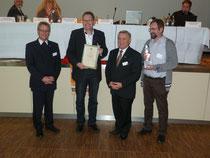 v.l.n.r. Diözesanpräses Monsignore Harald Scharf, Vorsitzender Christian Kastner, Diözesanvorsitzender Heinz Süss und Vorstandsmitglied Werner Greger
