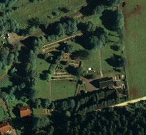 Luftbildaufnahme vom Friedhof in Grünhain
