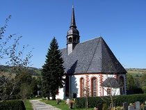 Blick auf die Kirche in Königswalde
