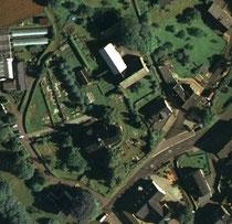 Luftaufnahme vom Friedhof in Markersbach