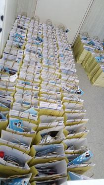 180 gepackte Teilnehmertüten