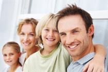 Gesunde Zähne in jedem Lebensalter mit regelmäßiger Prophylaxe beim Zahnarzt