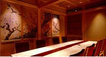 白木に加賀友禅模様を描いたパネル