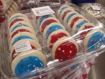 独立記念日用のアメリカ国旗色のクッキー