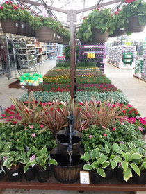 Gardening Center @LOWE'S