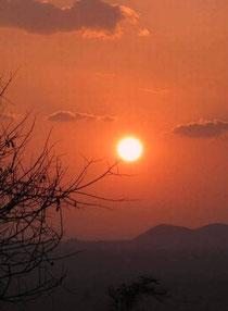 Sonnenuntergang im Tsavo-West