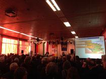 Bürgermeister Peter Jansen bei seiner Rede (Foto: Stephan Muckel)