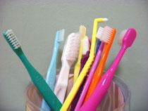 さまざまな歯ブラシ