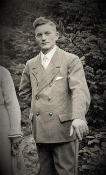 """Wilhelm Molitor (+) war ein Naturliebhaber der an seiner alten Heimat hing und jede Veränderung mit kritischen Augen betrachtete. An sein geliebtes """"Hunersnest"""" kann sich keiner mehr erinnern."""