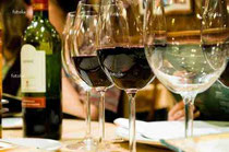 http://jp.fotolia.com/id/3262862 glasses of wine in restaruant © Piotr Sikora #3262862