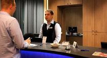 Cooler Check-in: Rezeptions-Rap im Best Western Hotel Braunschweig