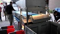 Mehr Qualität beim Weinmachen: Maschine sortiert Weintrauben