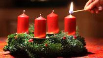 Gefahr durch Adventskranz - Nach vier Minuten brennt das Zimmer