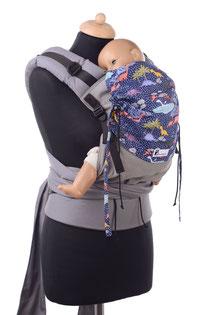 Huckepack Half Buckle, Babytrage mit Stegverkelinerung, Panelverkürzung, Nackenverkleinerung, gefertigt aus Tragetuchstoff, 100% Biobaumwolle