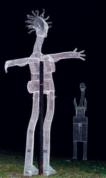 The Welcome. 2000. Wire mesh, plastic. 180 x 200 x 100cm. Owned by the artist. © Charles Rocco