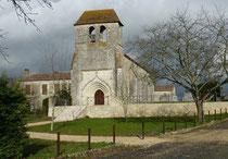 Sainte Innocence : Eglis du XIIème, porche classé