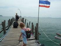 Der Weg zum Boot ist nicht steil aber dafür klapprig...