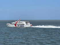 Die AG EMS bringt Sie mit Voll-Speed auf die Insel Borkum durch das Weltkulturerbe Wattenmeer von Emden-Außenhafen