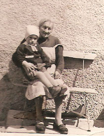 Rosali mit ihrem Grossneffen Christlorenz
