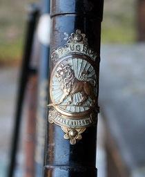 Peugeot 'Dame Luxe' von 1899, Lenkkopfschild