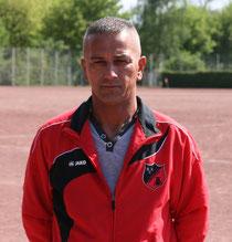 Der neue Trainer der Zweiten: Veli Ötgüc.