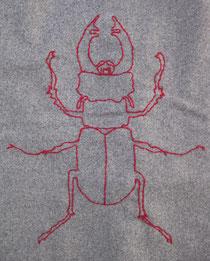 Hirschhornkäfer, Stickerei auf Lodenrock, Foto: b.ertl