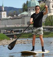 Alex paddelt in Salzburg