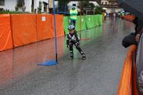 Moritz gibt Vollgas bei seinem 1. Rennen