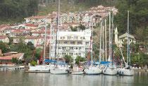 Der neue Steg vom Yacht-Classic-Hotel