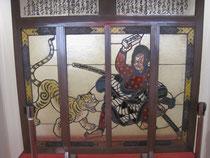 ステンドグラス「千里ケ竹の虎退治」