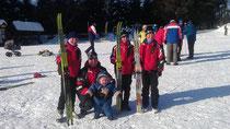 Holzhauer Staffel mit Trainer und Maskottchen