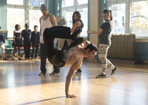 Yoga-Stunde mit Problemkindern