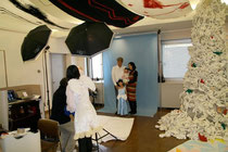 2011年11月にセシオン杉並で行われた「コスプレ写真館」の様子。これはNPO支援基金の普及が目的のイベントだったので、有料で行われた。その時の様子 http://www.facebook.com/media/set/?set=a.190921810993707.49998.123445641074658&type=3