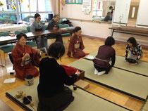 「ゆうゆう高円寺東館」でのお茶会の様子