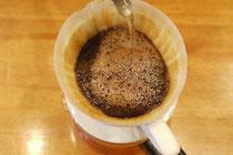 新鮮なコーヒーの抽出