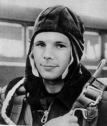 Youri Gagarine, Soleil carré à la Lune