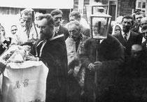 procesja wokół cerkwi, rok 1937