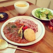 「露地トマトのフレッシュハヤシライス&コロッケ定食」 1280円