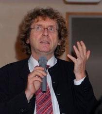 マイケル・ブラウンガート教授