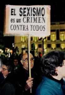 http://noticias.dechiclana.com/wp-content/uploads/sexismo-327x480.jpg
