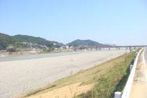 現在の熊野川の様子