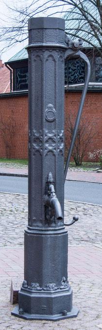 Bild: Pumpe der alten Wasserversorgung in Ratzeburg