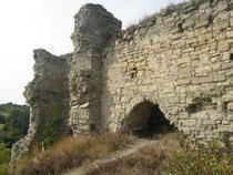 Південна стіна з потайним лазом