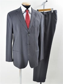 エンポリオアルマーニのスーツ