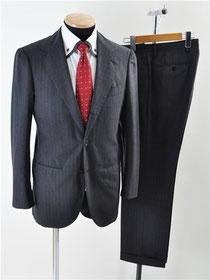 ソブリン スーツ
